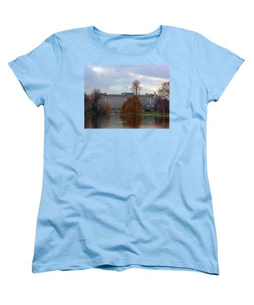 Buckingham Palace Women's T-Shirt (Standard Cut) by Lynn Bolt