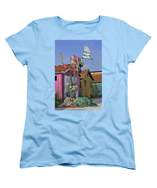 Women's T-Shirt (Standard Cut) featuring the photograph 120920p200 by Arterra Picture Library