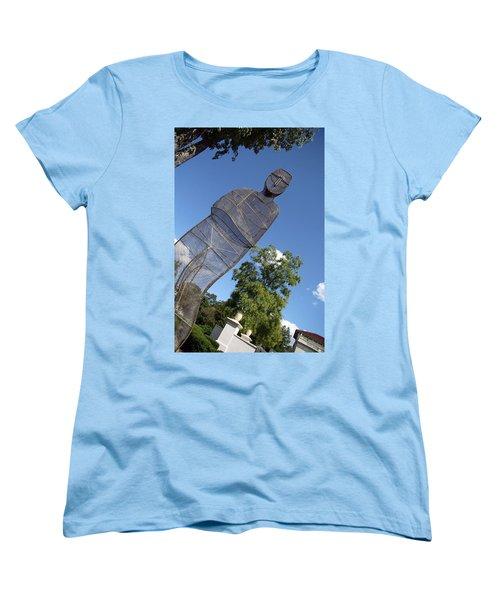 Women's T-Shirt (Standard Cut) featuring the photograph Minujin's A Man Of Mesh by Cora Wandel