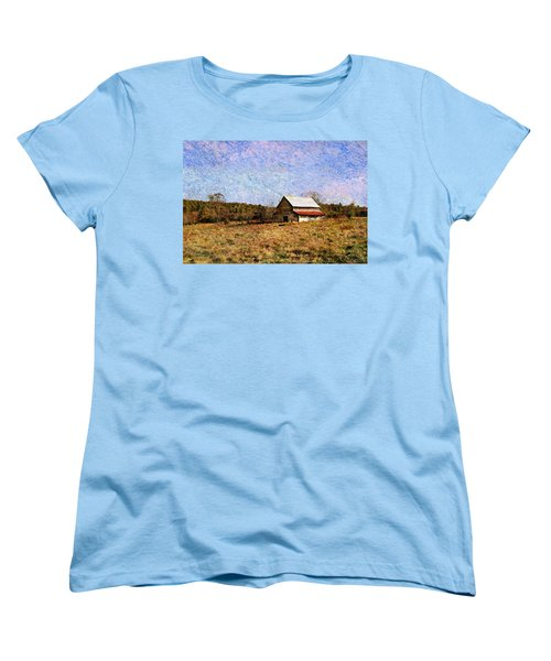 Women's T-Shirt (Standard Cut) featuring the photograph Abandoned Barn In North Georgia by Vizual Studio