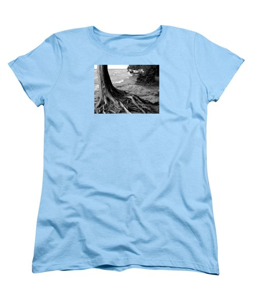 B And W Cedar Roots At Cave Point Women's T-Shirt (Standard Cut) by David T Wilkinson
