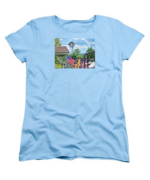 Women's T-Shirt (Standard Cut) featuring the photograph Bedford Village Pennsylvania by Kathy Churchman