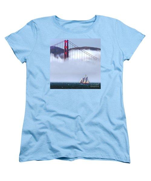 Bridge Sailing Women's T-Shirt (Standard Cut)