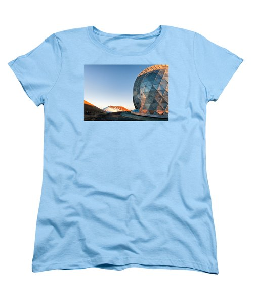 Women's T-Shirt (Standard Cut) featuring the photograph Caltech Submillimeter Observatory by Jim Thompson