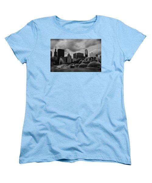 Chicago City Skyline Women's T-Shirt (Standard Cut) by Miguel Winterpacht