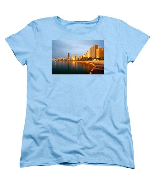Chicago Skyline Women's T-Shirt (Standard Cut)