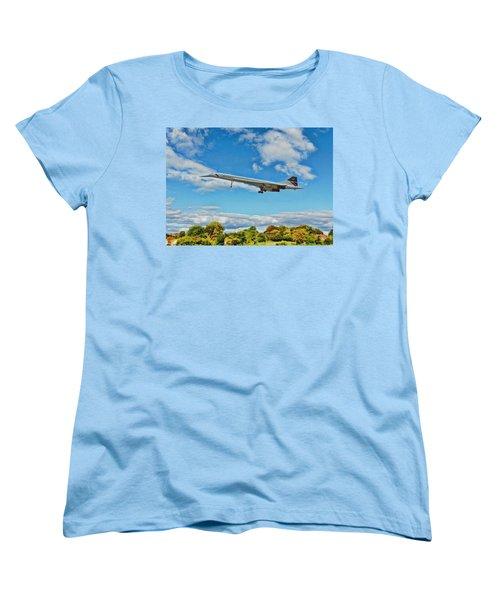 Women's T-Shirt (Standard Cut) featuring the digital art Concorde On Finals by Paul Gulliver