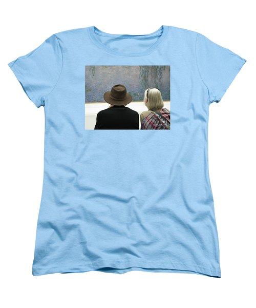 Women's T-Shirt (Standard Cut) featuring the photograph Contemplating Art by Ann Horn
