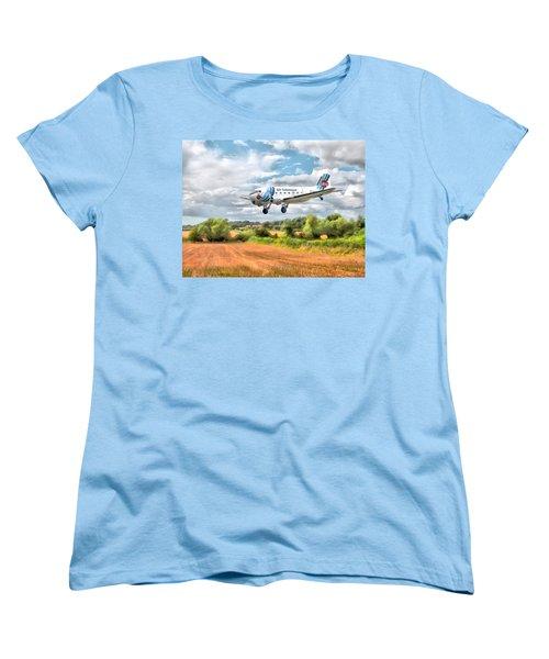 Women's T-Shirt (Standard Cut) featuring the digital art Dakota - Cleared To Land by Paul Gulliver