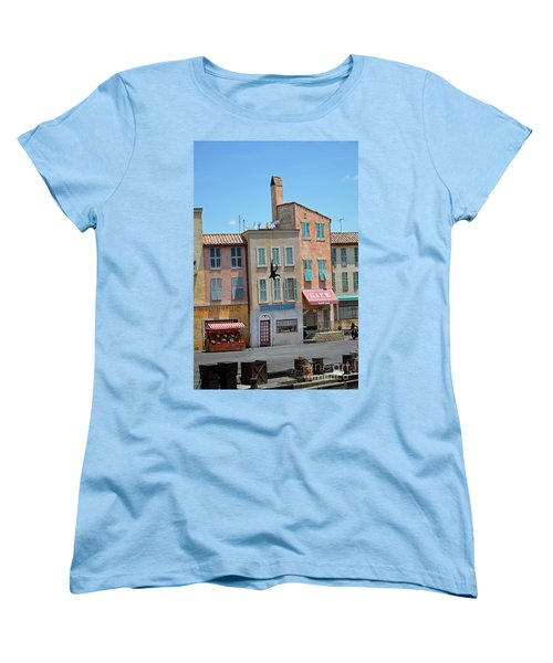 Women's T-Shirt (Standard Cut) featuring the photograph Freefall by Robert Meanor