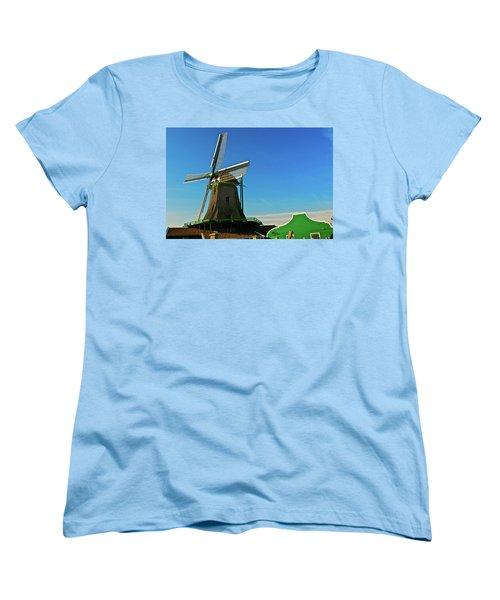 Het Jonge Schaap Women's T-Shirt (Standard Cut) by Jonah  Anderson