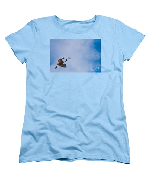 Hopeful Egret Building A Home  Women's T-Shirt (Standard Cut)