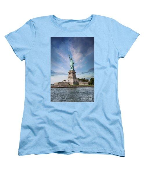 Lady Liberty Women's T-Shirt (Standard Cut) by Juli Scalzi