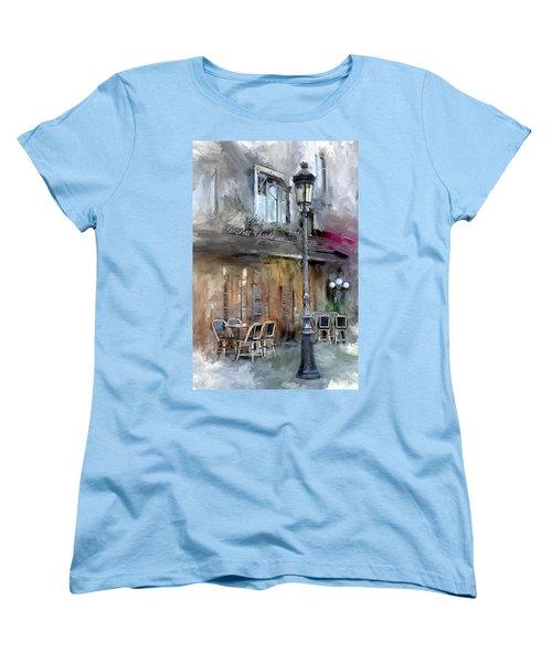 Le Petit Paris Women's T-Shirt (Standard Cut) by Evie Carrier