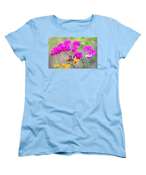 Women's T-Shirt (Standard Cut) featuring the photograph Warbler On Orchards Photo by Luana K Perez