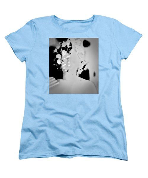 Women's T-Shirt (Standard Cut) featuring the photograph Poise by Jessica Shelton