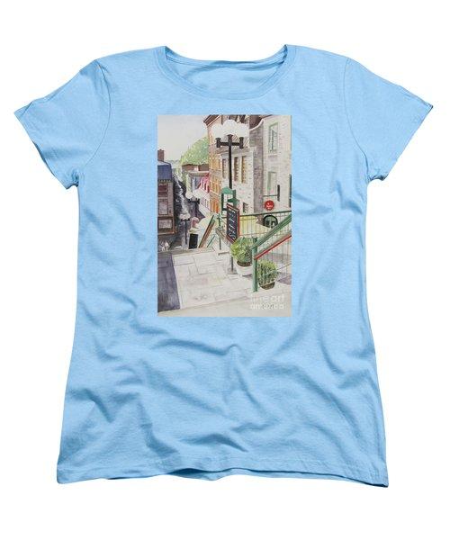 Quebec City Women's T-Shirt (Standard Cut)