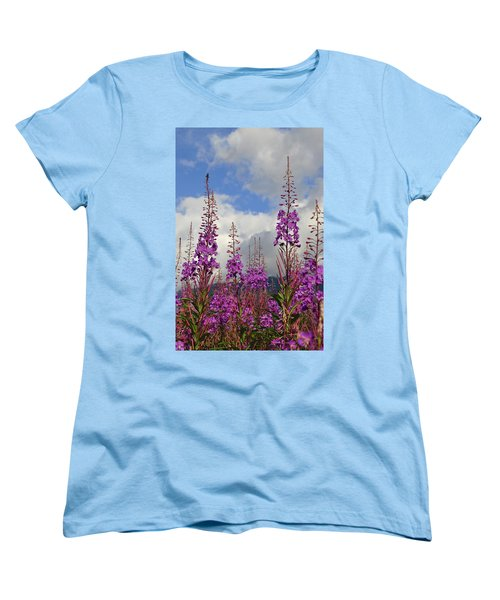 Women's T-Shirt (Standard Cut) featuring the photograph Reach For The Sky by Cathy Mahnke