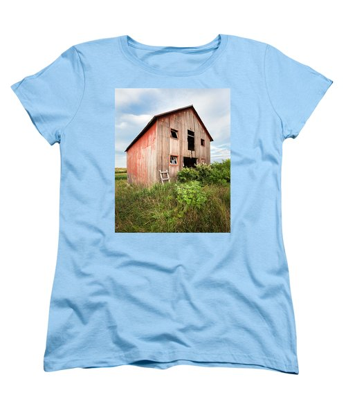 Women's T-Shirt (Standard Cut) featuring the photograph Red Shack On Tucker Rd - Vertical Composition by Gary Heller