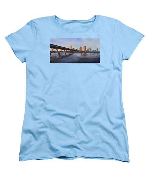 Richmond Virginia Skyline Women's T-Shirt (Standard Cut)