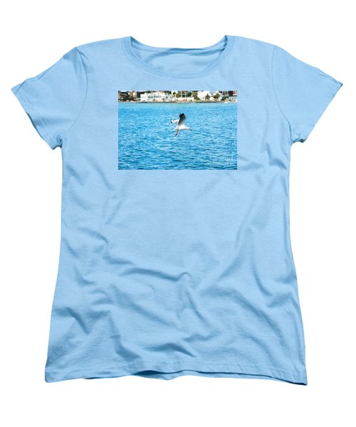 Women's T-Shirt (Standard Cut) featuring the photograph Seagull At St Kilda by Yew Kwang