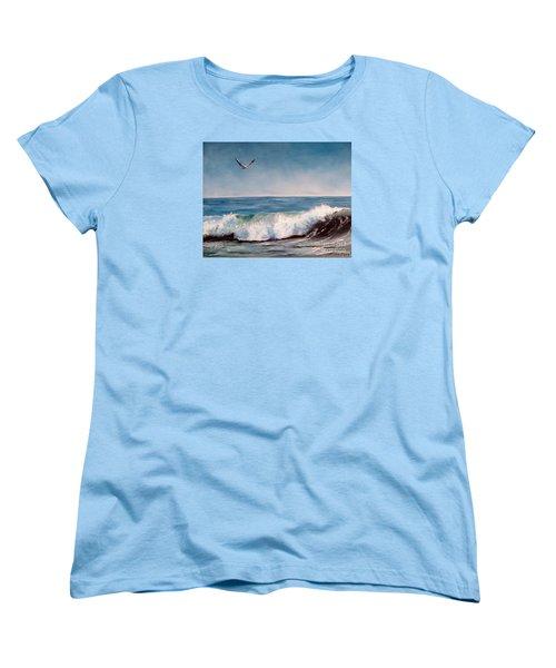 Seagull With Wave  Women's T-Shirt (Standard Cut)
