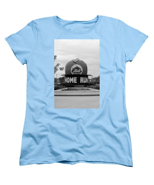 Shea Stadium Home Run Apple In Black And White Women's T-Shirt (Standard Cut)