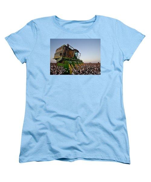 Sunset Pickin' Women's T-Shirt (Standard Cut)