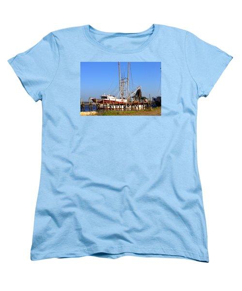Women's T-Shirt (Standard Cut) featuring the photograph The Captain Hw by Gordon Elwell