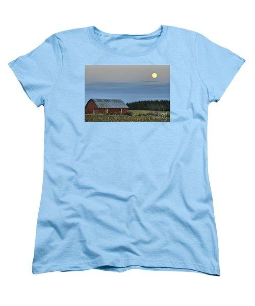 Vermont Full Moon Women's T-Shirt (Standard Cut) by Deborah Benoit
