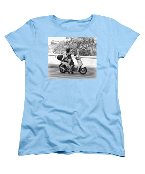 Vespa Romance Women's T-Shirt (Standard Cut) by Valentino Visentini