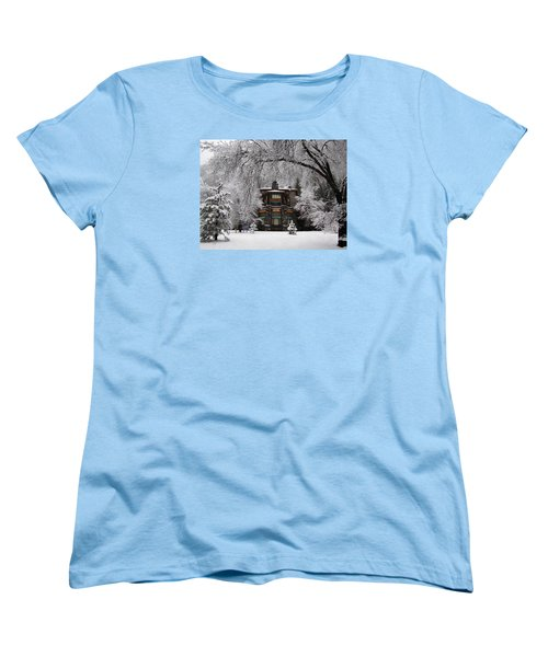 Winter At The Ahwahnee In Yosemite Women's T-Shirt (Standard Cut) by Carla Parris