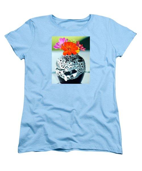 Women's T-Shirt (Standard Cut) featuring the photograph Zinnia In Vase by Lehua Pekelo-Stearns