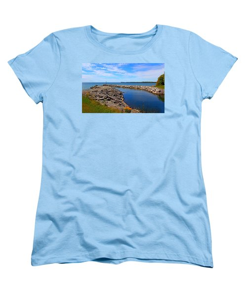 Women's T-Shirt (Standard Cut) featuring the photograph Lakeside Bend by Davandra Cribbie