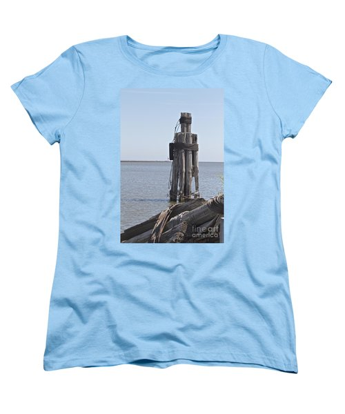 Women's T-Shirt (Standard Cut) featuring the photograph Port Of Rochester by William Norton