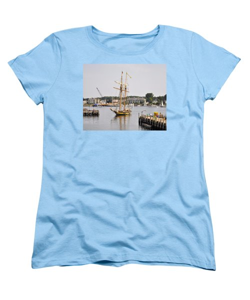 Pride Of Baltimore II Pb2p Women's T-Shirt (Standard Cut)