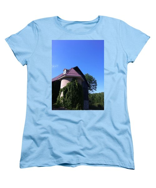 Women's T-Shirt (Standard Cut) featuring the photograph Vineyard by Tiffany Erdman