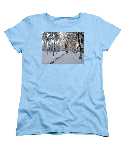 Winter In Mako Women's T-Shirt (Standard Cut) by Anna Ruzsan