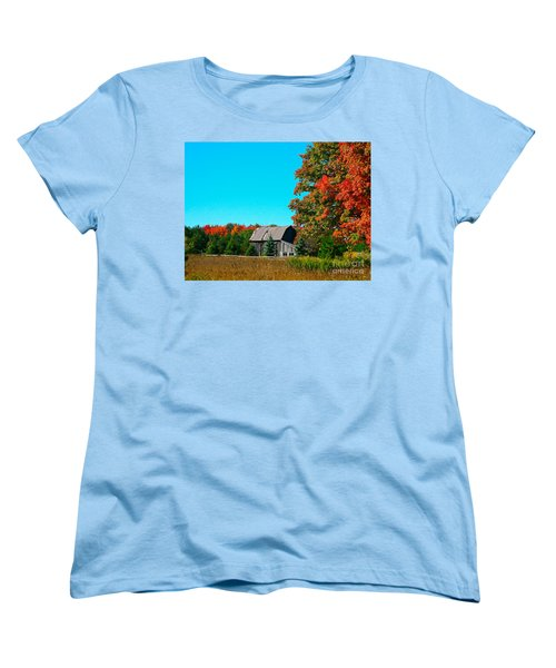 Old Barn In Fall Color Women's T-Shirt (Standard Cut) by Robert Pearson