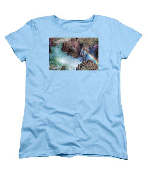 10883 Rainbow Over Owyhee Women's T-Shirt (Standard Cut) by Pamela Williams