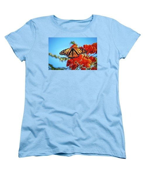 Women's T-Shirt (Standard Cut) featuring the photograph The Resting Monarch by Robert Bales