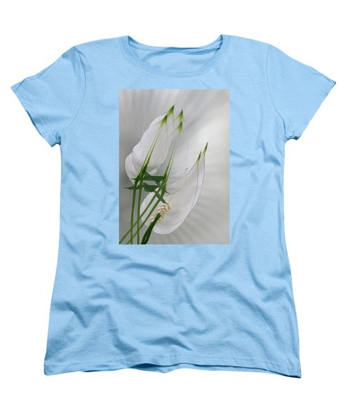 Women's T-Shirt (Standard Cut) featuring the photograph 4425 by Peter Holme III