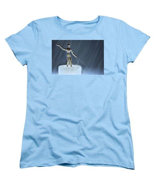 Women's T-Shirt (Standard Cut) featuring the photograph Airbender by Mark Fuller