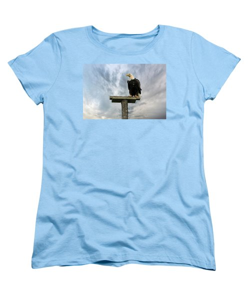 American Bald Eagle Perched On A Pole Women's T-Shirt (Standard Fit)