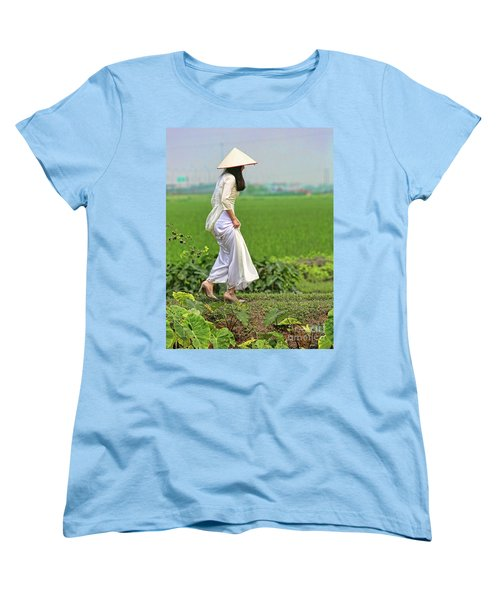 Ao Dai II Women's T-Shirt (Standard Cut) by Chuck Kuhn