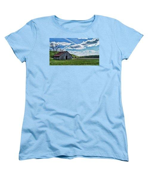 Women's T-Shirt (Standard Cut) featuring the photograph Barn On Cedar Creek Bottoms by Cricket Hackmann