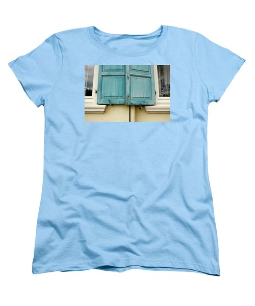 Women's T-Shirt (Standard Cut) featuring the photograph Blue Shutters Rudesheim by KG Thienemann