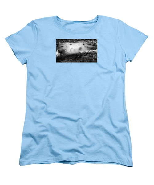 Women's T-Shirt (Standard Cut) featuring the photograph Broken by Hayato Matsumoto