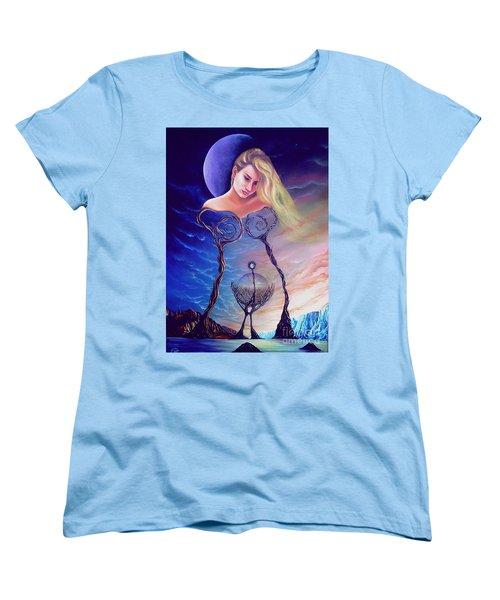 Elementos Women's T-Shirt (Standard Cut)