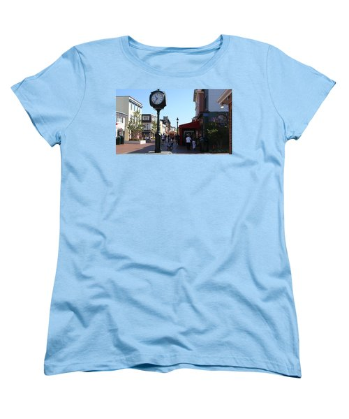 Women's T-Shirt (Standard Cut) featuring the painting Checking Out The Shops In Cape May by Rod Jellison